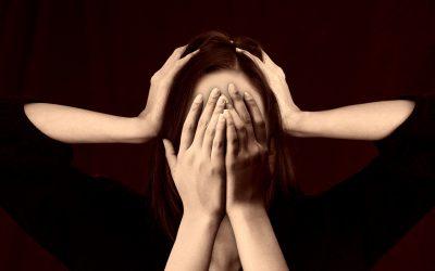 TU PUEDES reducir estrés negativo: Reflexiona, Aliméntate, Respira y Muévete.